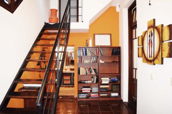 08-Escalera
