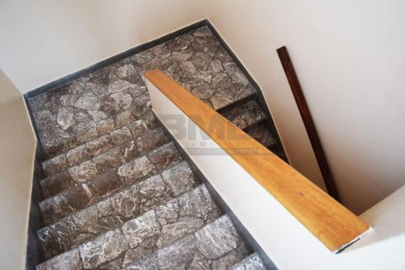 17-Escalera